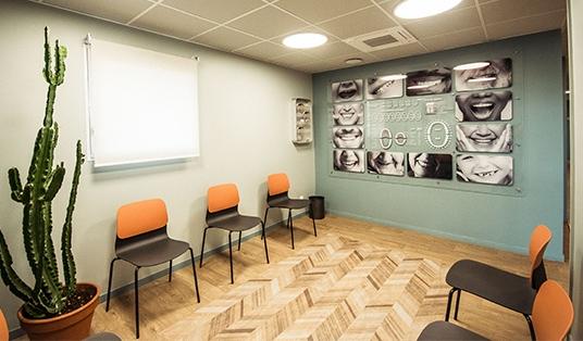 Salle d'atente du cabinet dentaire